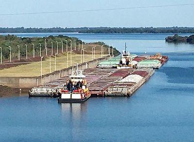 El río Paraguay se mantiene y en el Paraná mejora la navegabilidad
