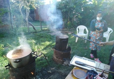 HOY / Bañadenses exigen alimentos a la SEN para las ollas populares