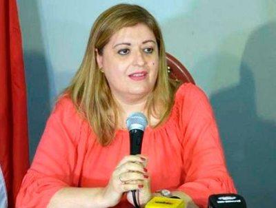 Sin fuerza en votos, Diputados trata hoy pedido de juicio político contra Sandra Quiñónez