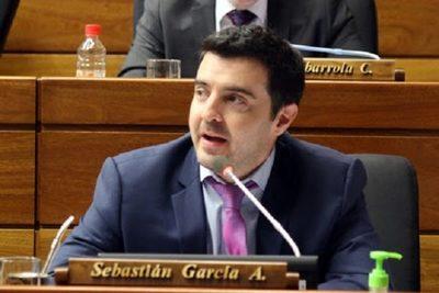 """""""Mazzoleni tendría que empezar a cortar cabezas, no es momento para adoptar posturas tibias"""", señala diputado"""