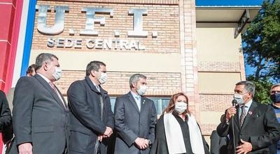 Abdo participó en inauguración de sede de la Unión de Fútbol del Interior