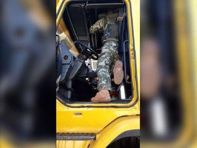 Camioneros denuncian controles abusivos en la frontera sin medidas sanitarias