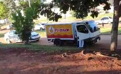 Asaltan camión repartidor de pollos y se llevan la G. 7 millones