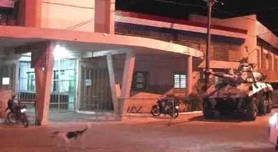 Tacumbú: Reclusos queman colchones y exigen visitas