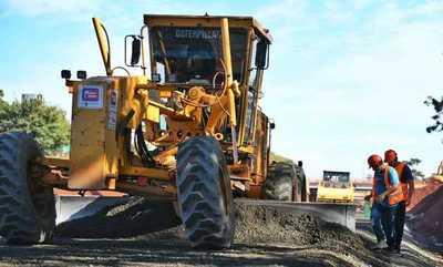 """Avanzan trabajos en el """"multiviaducto"""" de CDE"""