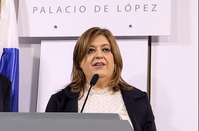 Diputados blanquean a Sandra Quiñónez