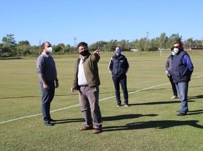 Verifican sede del Club Guaraní apuntando al retorno seguro del fútbol