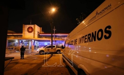 """HOY / Comisario Blas Jara, sobre la manifestación de reclusos en la penitenciaria de Tacumbú: """"Aún sigue la manifestación pero ya se controló la situación"""""""