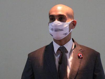 Mazzoleni no despeja dudas sobre rol de Silva en compra de insumos