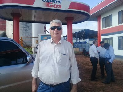 Ministro Wiens confirma inicio de obras de asfaltados