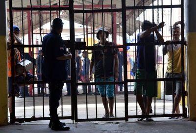 Habilitarán solamente visitas familiares en penal de Tacumbú