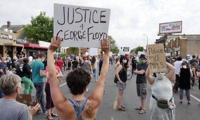 Miles de manifestantes salen a pedir justicia por George Floyd, quien murió en manos de la policía