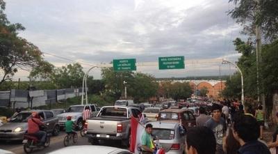 HOY / Convocan a caravana en Asunción contra la corrupción e impunidad