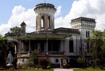 Malvivientes entraron a robar a las hermanitas del Castillo Carlota Palmerola de Areguá
