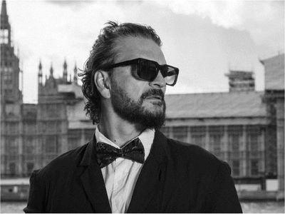 Ricardo Arjona lanzará su disco Blanco de manera exclusiva