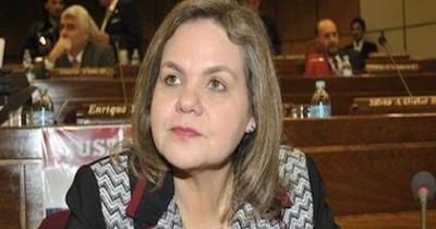 Lilian viajó al Uruguay por motivos de salud