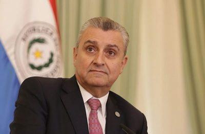 Abdo Benítez no tiene la obligación de presentarse ante el Senado, asegura Villamayor