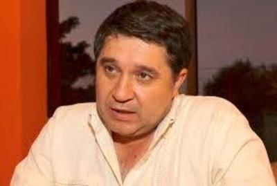 """HOY / Alcides Riveros, intendente de Fernando de la Mora: """"Yo ordené que ningún fernandino sea multado dentro del municipio por vencimiento de licencias de conducir"""""""