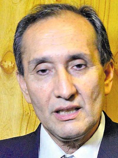 Insumos COVID-19: Invitación a Abdo para dar explicaciones no es inconstitucional, según Senador