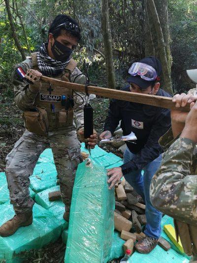 Itapúa: Destruyen más de 3000 kilos de marihuana