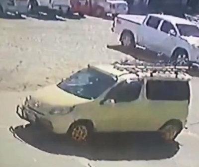 Buscan al taxista que trasladó al chileno con Covid-19