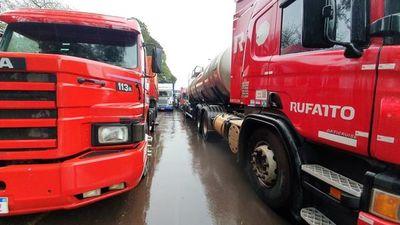 """COVID-19: Controles sanitarios a camioneros en Paraguay son """"muy flacos"""", indican"""