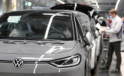 Volkswagen invertirá US$ 2.200 millones en el sector de vehículos eléctricos de China