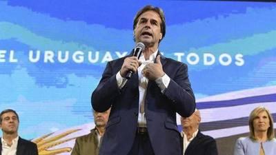 Presidente de Uruguay a cuarentena tras reunión con una persona que dio positivo al COVID-19