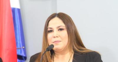 Compras en Petropar: Fiscalía imputa a Samudio y 21 personas más
