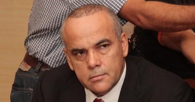 Esperan que Abdo promulgue ley que regulariza a 1.700 funcionarios