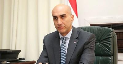 """Vallejo: """"Por el momento creo que debe continuar el ministro Mazzoleni"""""""