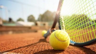 Unos 1.000 entrenadores de tenis se vieron afectados por la crisis del coronavirus, señalan