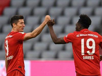 El Bayern golea y se afianza en la cima