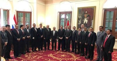 Consejo de Gobernadores insiste en la descentralización
