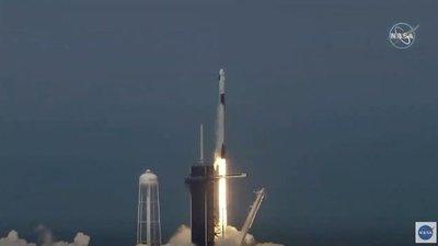 Despega el primer vuelo espacial desde Estados Unidos a la EEI en nueve años