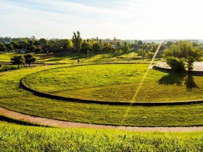 Jóvenes de Cambyretá proyectan convertir plaza en un parque de la salud