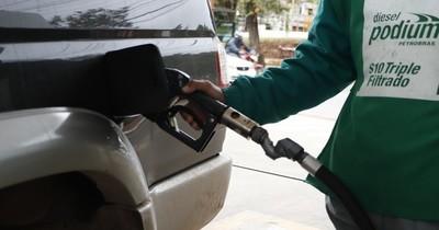 Leve repunte de comercialización de combustibles
