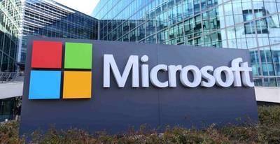Microsoft reemplazará a docenas de empleados con robots