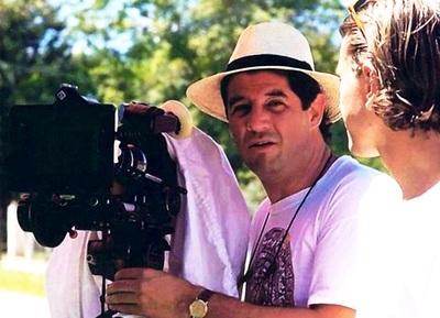 """Lunes de cine nacional con el documental """"El País De Nunca Jamás"""""""