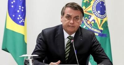 Bolsonaro quiere la reanudación del fútbol en Brasil pese a la pandemia