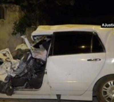 Hombre fallece atrapado en su rodado al ser impactado por un camión