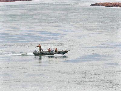Adolescente de 16 años, sexto desaparecido en el río Paraná