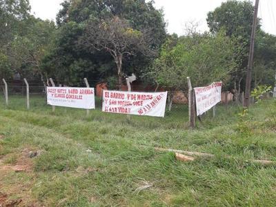 Vecinos del barrio 1ro de Marzo en contra de instalación de antenas – Prensa 5