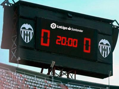 El fútbol español regresará con aplausos de los aficionados