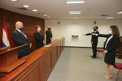 Nuevo agente fiscal jura ante la Corte Suprema