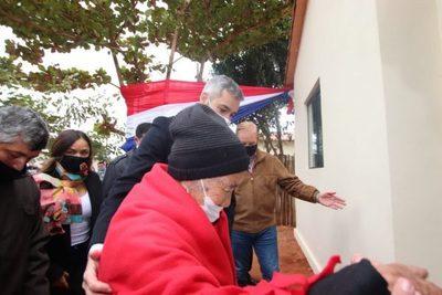 Cerca de 100 familias de Central inauguraron su casa propia