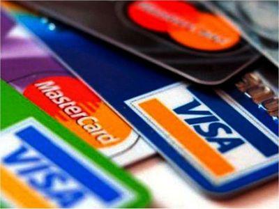 Compras con tarjetas se redujeron en 42% por efecto Covid-19