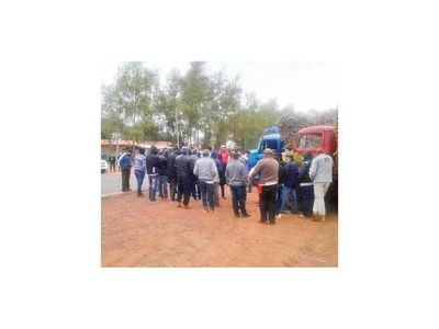 Cañicultores exigen mejor precio por la caña  en Guairá