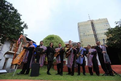 Concierto del conjunto folclórico en homenaje a Demetrio Ortíz