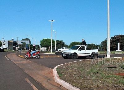 Frontera con el BRASIL esta ABIERTA en la zona de Pindoty Porá